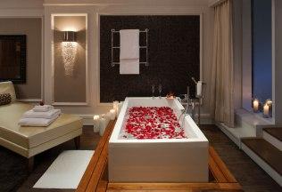 romantic-suite-rose-petals