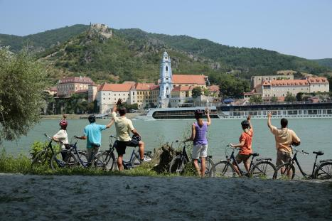 Bicycles_Danube_Lifestyle